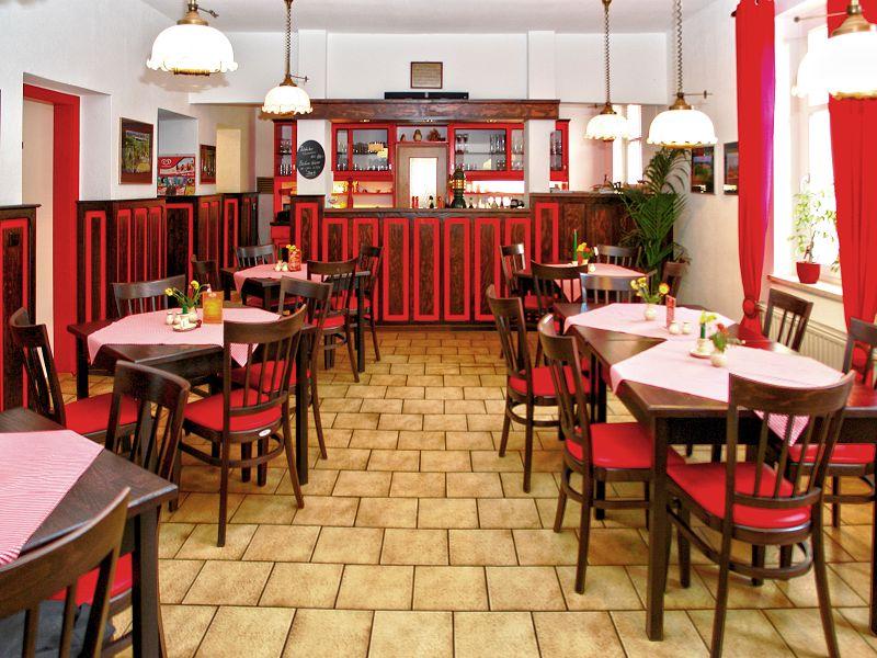 Gaststätte Kastanienhof Uckermark - Gastraum Gesamtansicht